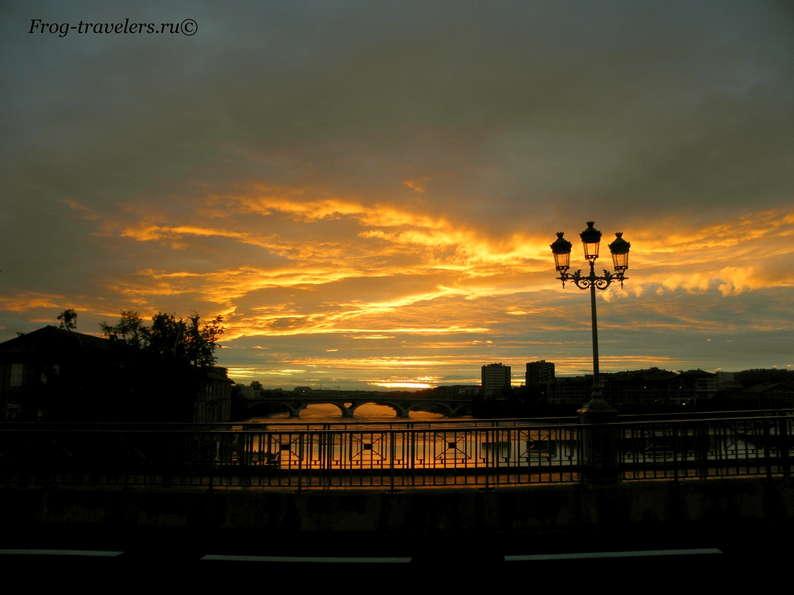 Закат в Тулузе, Франция