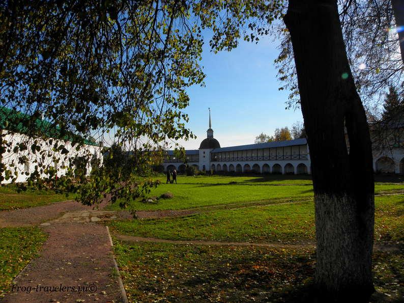 Монастыри Ленинградская область фото