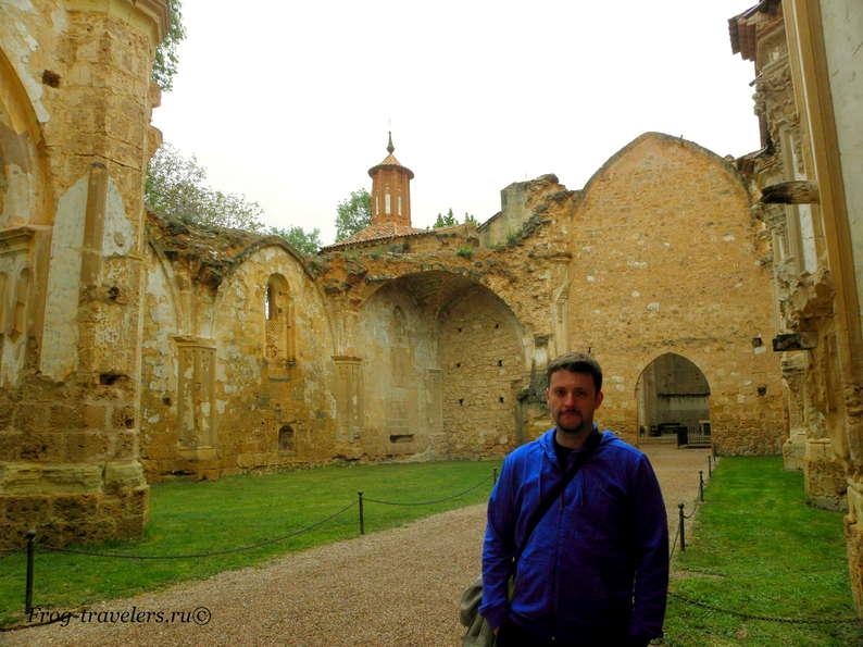 Монастырь де ла Пьедра в Испании