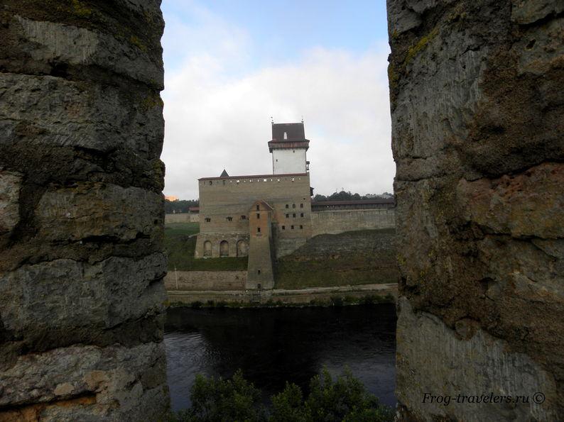 Нарвская крепость Эстония