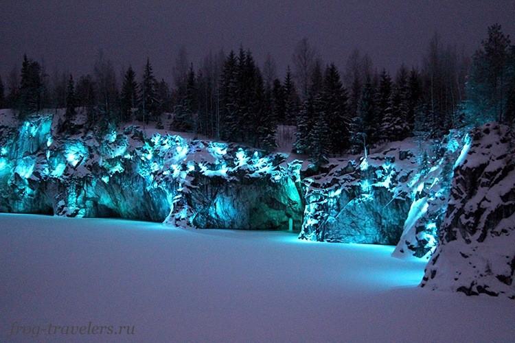 Мраморный каньон Рускеала зимой