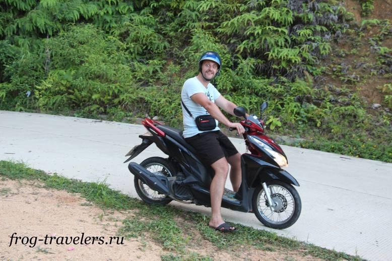 Костя Саморосенко на байке