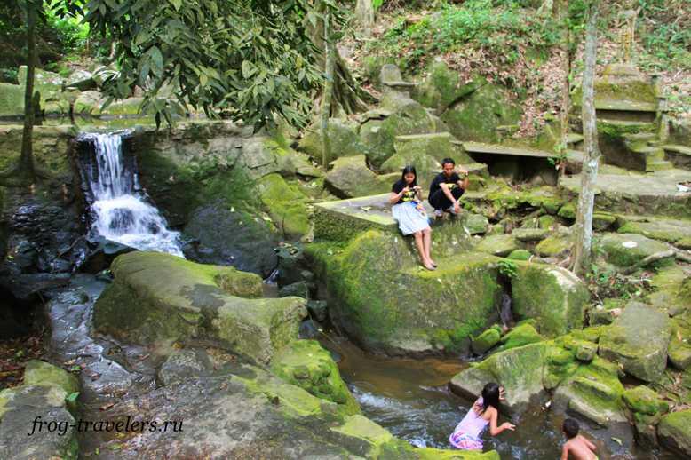 водопадTarnim Magic Waterfall на Самуи
