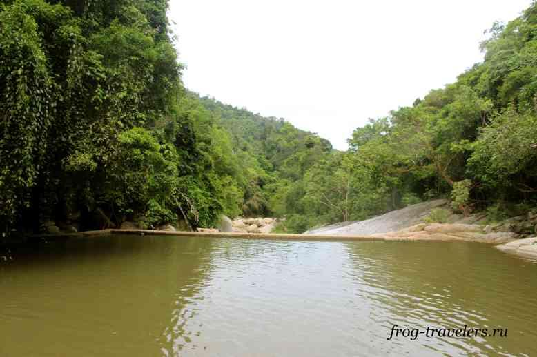 Река на Самуи