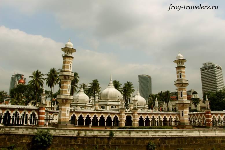 Мечеть Джамек