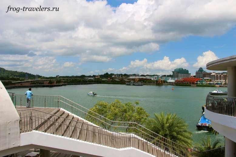 Вид на остров Сентоза