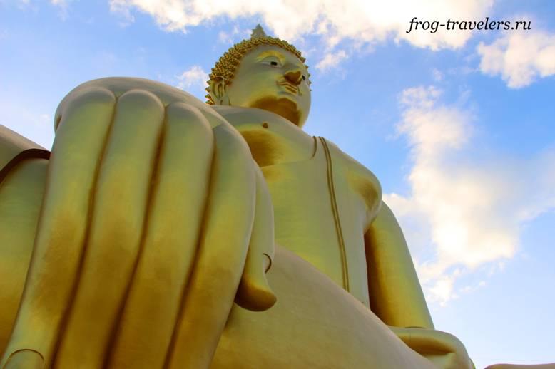 Самая большая статуя Будды Тайланд