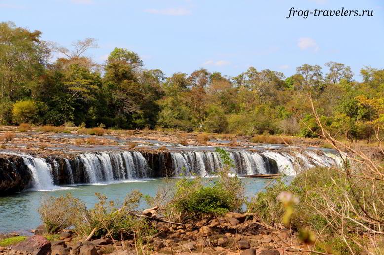 Водопад Tad Hua Khon Waterfall плато Болавен