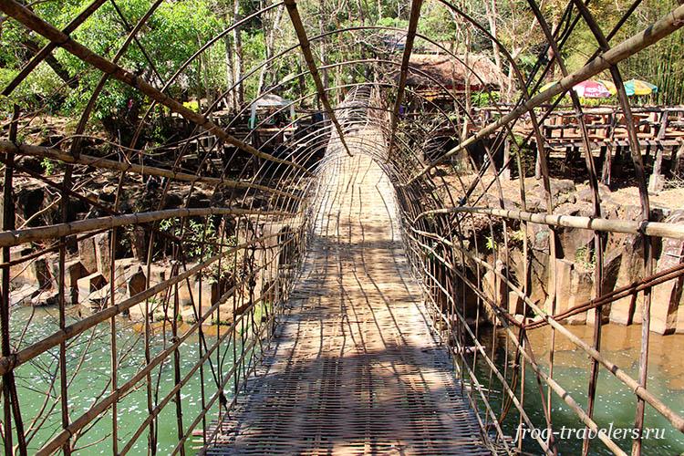 Бамбуковый мост Лаос