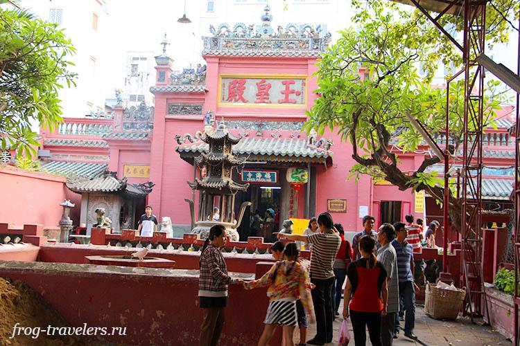 Пагода Нефритового Императора