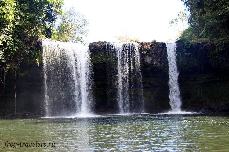 Водопады на плато Болавен