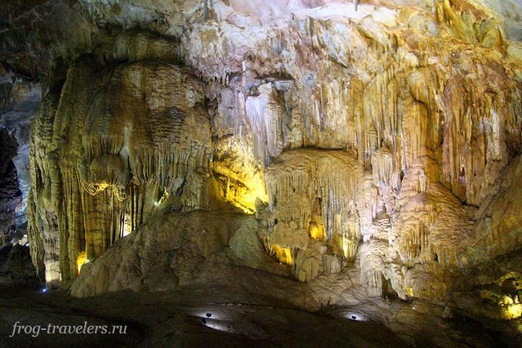 Большая пещера Вьетнам