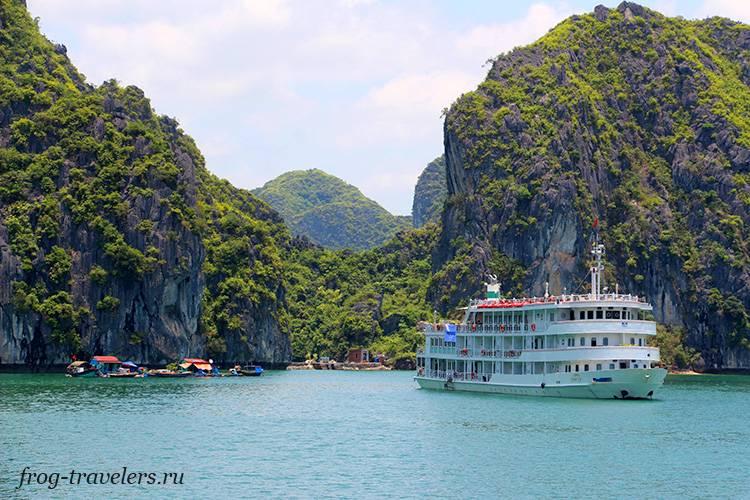 Северный Вьетнам: туры и экскурсии по бухте Халонг