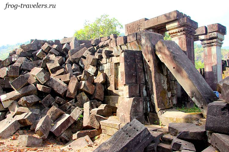 Храм Hong Nang Sida temple Лаос
