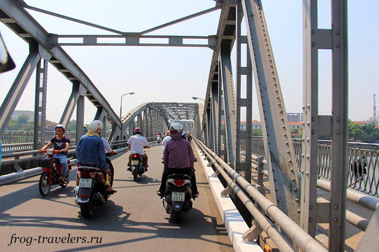 Прокат мотоцикла и скутера в Хюэ Вьетнам