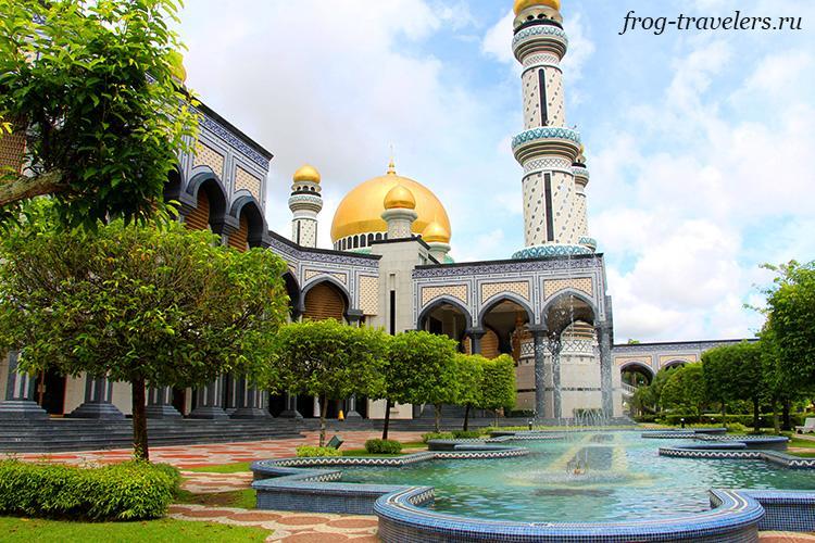 Мечеть Бандар-Сери-Бегаван