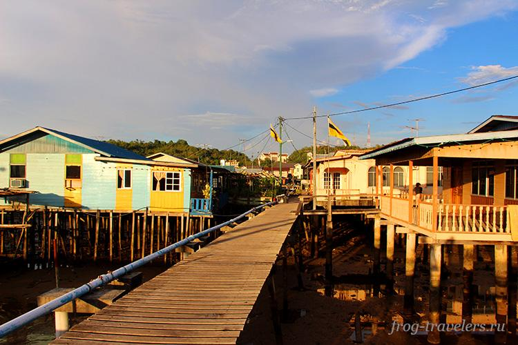 Деревня на воде Бандар-Сери-Бегаван