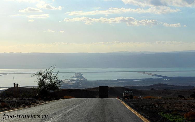 Южный бассейн озера в Иордании
