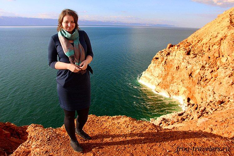 Марина Саморосенко на берегу Мертвого моря в Иордании