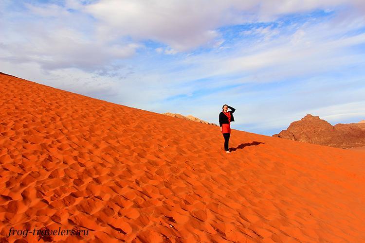 Марина Саморосенко в пустыне