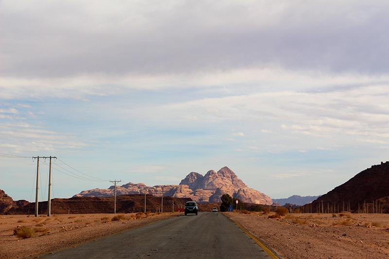 Дорога к пустыне Вади Рам