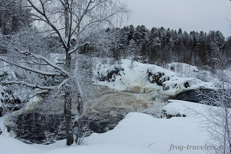Водопад Воицкий падун зимой
