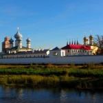 Тихвинский Богородичный Успенский мужской монастырь фото