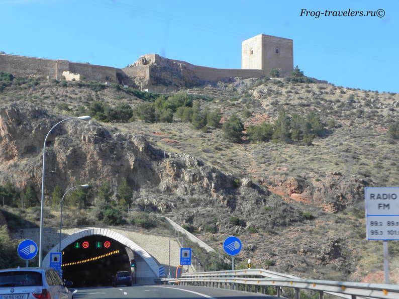 Тоннели на дорогах Испании фото