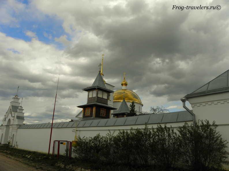 Монастыри Псковской области фото