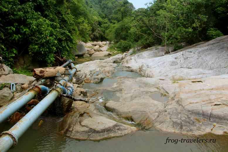 Водопровод на реке
