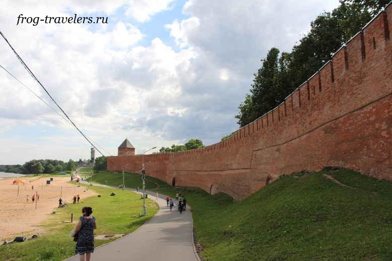 Стены Новгородской крепости