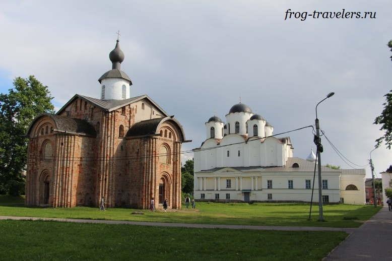 Церковь Праскевы-Пятницы на Торгу и Николо-Дворищенский собор