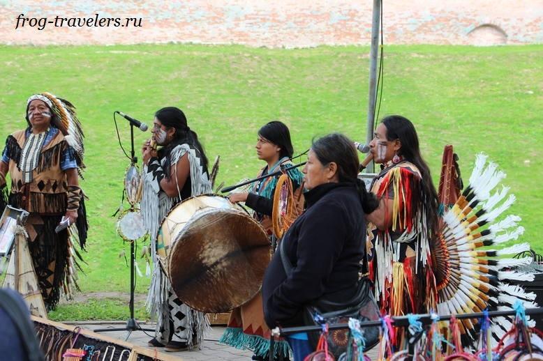 Индейцы забрались в центр Великого Новгорода
