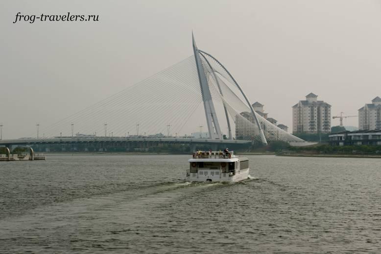 Катание на корабликах
