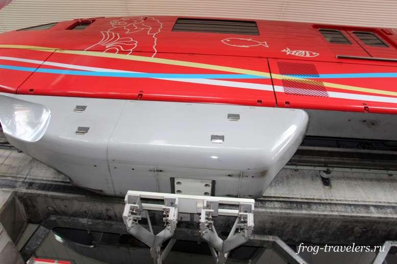 Экспресс-поезд Сингапур