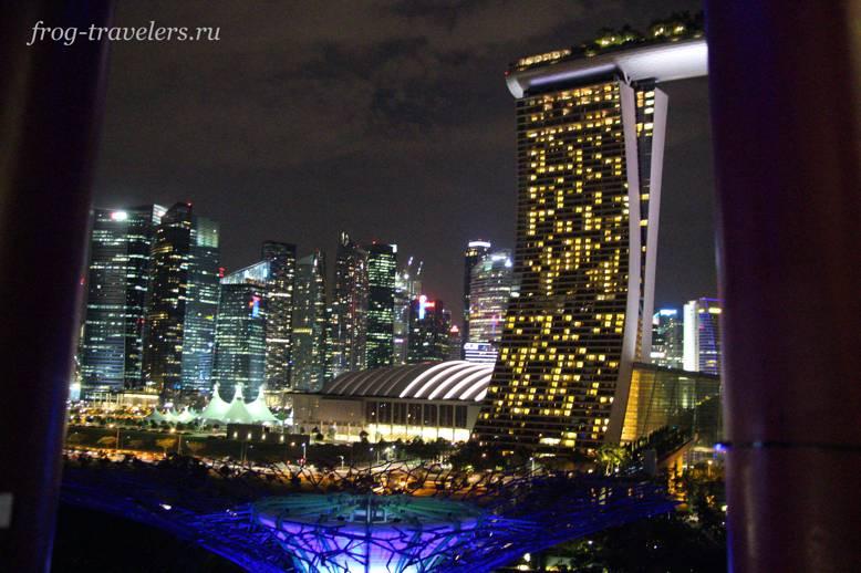 Ночные небоскребы Сингапура