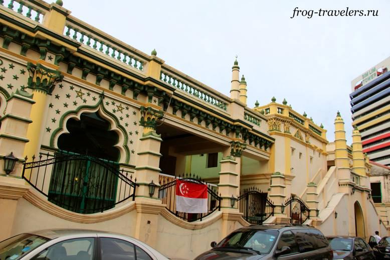 Красивая мечеть