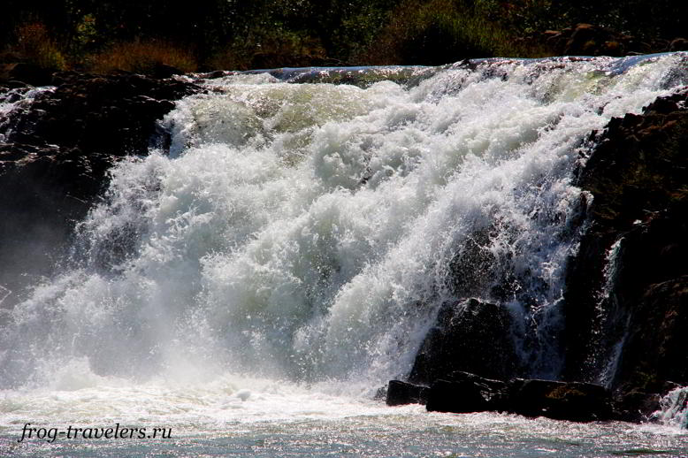 Tad Feak Waterfall
