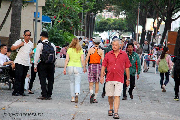 Улица Фам Нгу Лао