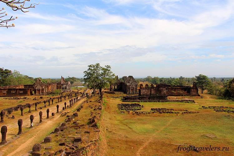 Храм Ват Пху Паксе южный Лаос