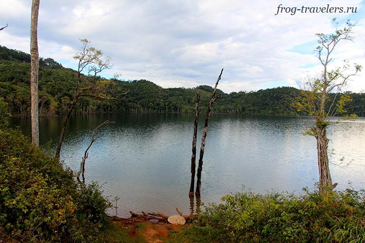 Небесное озеро Лаос