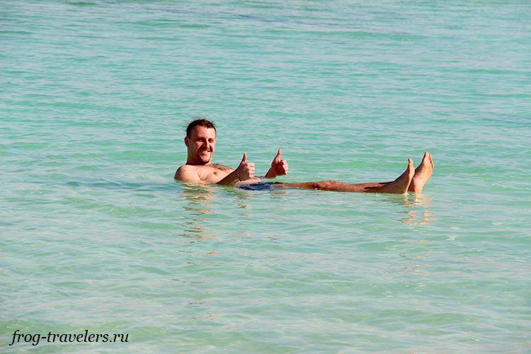 Костя Саморосенко на Мертвом море