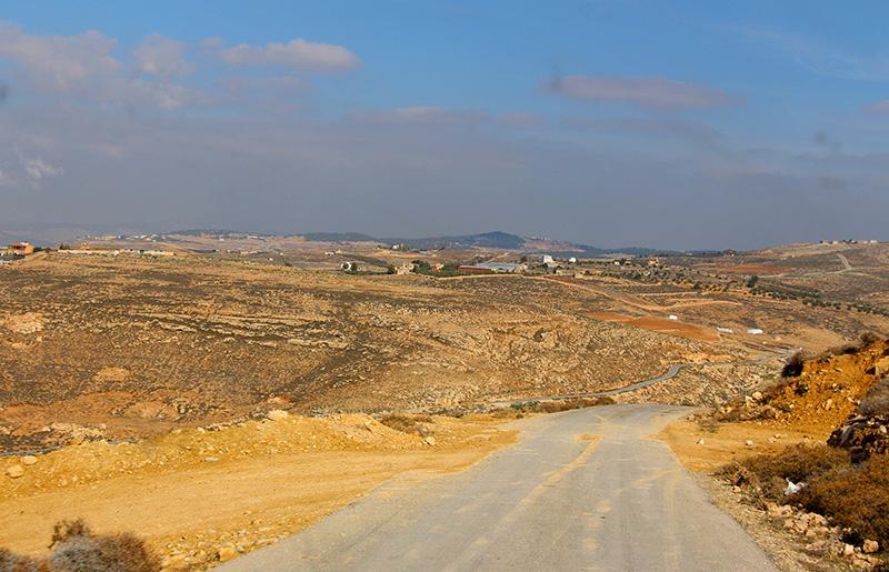 Дорога в глубинке Иордании