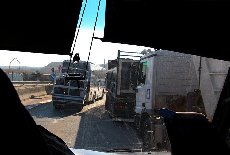 Транспорт на границе Иордании и Израиля